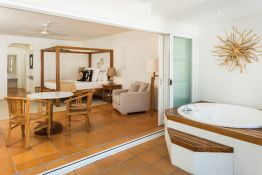 Verandah King Spa Suite